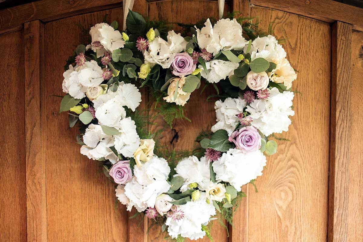 Heart Shaped Door Wreath At Cain Manor
