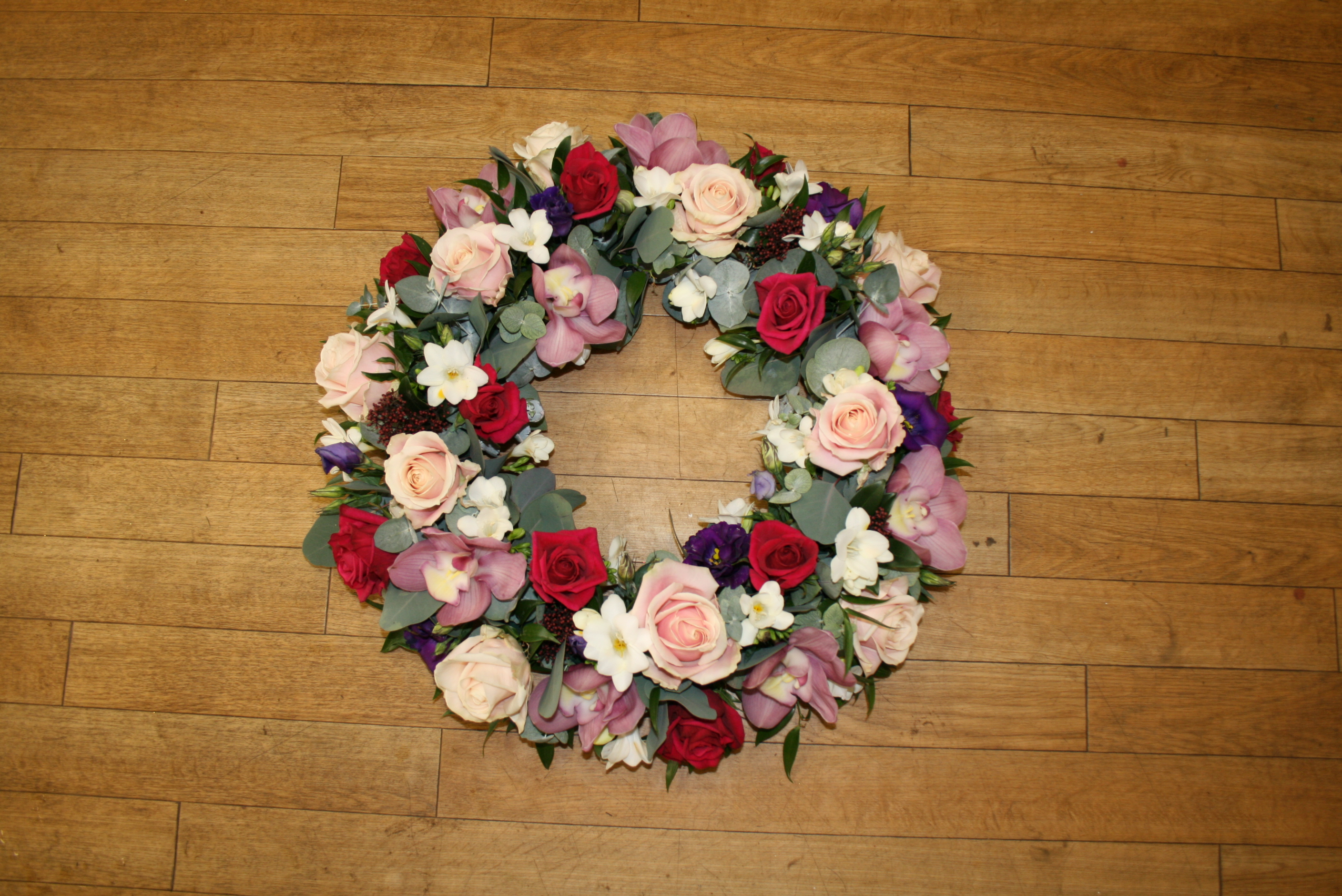 Funeral Wreaths Funeral Flowers Sonning Flowers