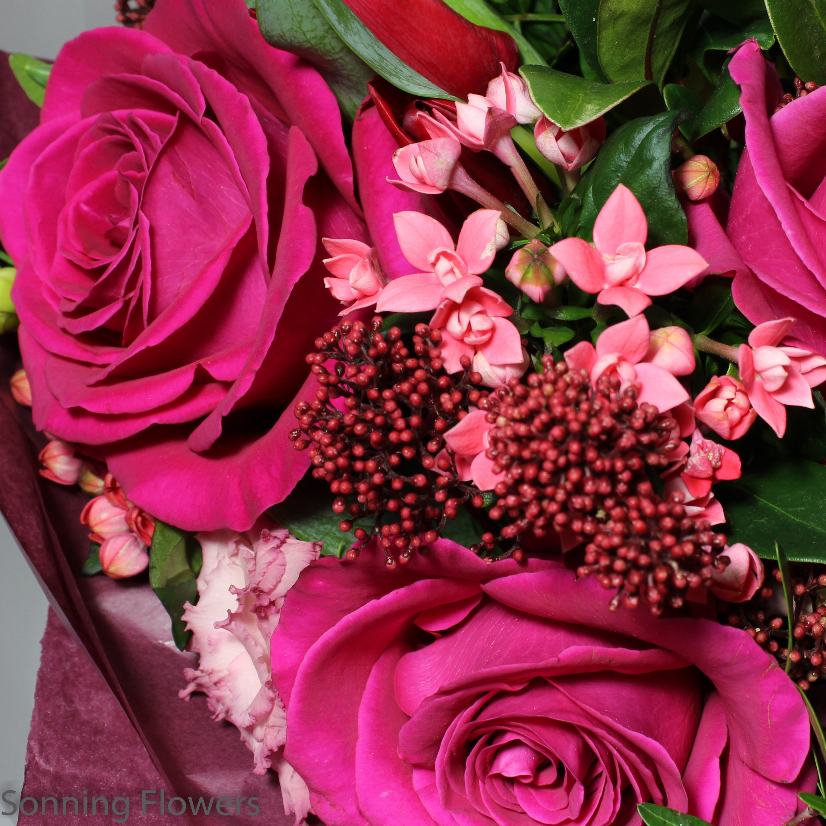 Vibrant Luxury Bouquet - Sonning Flowers