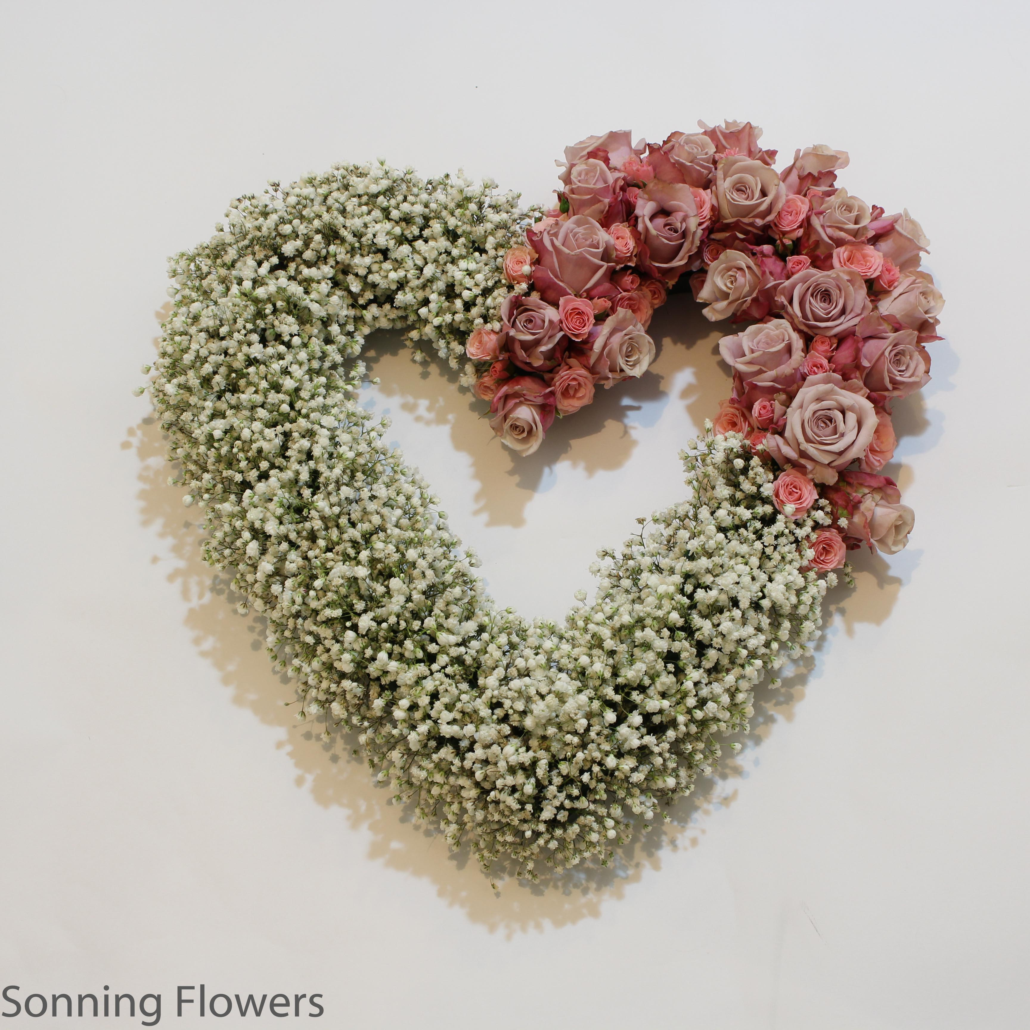 Gypsophilia and heart tribute
