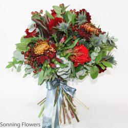seasonal red gift bouquet
